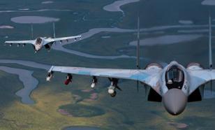 Смоделирован бой Су-35 с американскими F-35 и F-15