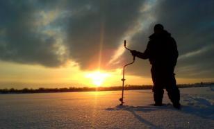 Со льда Финского залива спасатели эвакуировали 25 рыбаков
