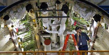 Рогозин ждет от МАИ предложений по возобновлению производства легких самолетов