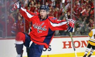 Кузнецова признали второй звездой дня в НХЛ