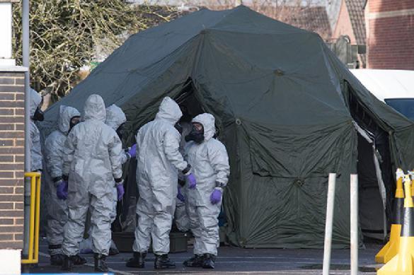 Больше не отравлено: военные Великобритании устроят торжество в Солсбери