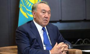 Назарбаев заявил о согласии Зеленского на встречу с Путиным