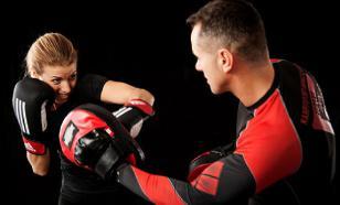 Девушка из UFC полностью разделась на взвешивании