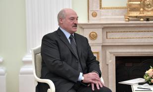 Лукашенко поздравил Путина с Днем России