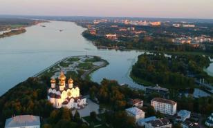 Флешмоб в Ярославле: к зданию мэрии принесли гроб