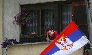 Politico: Сербия развивает отношения с РФ в ущерб членству в Евросоюзе