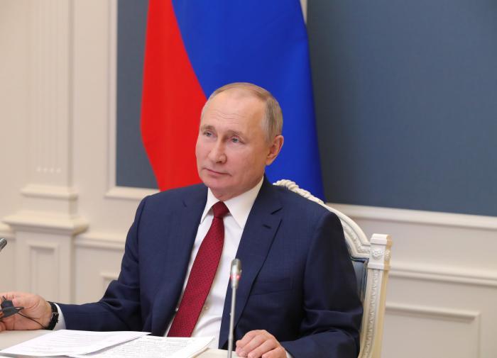 Путин рассказал о принятии решения о референдуме в Крыму