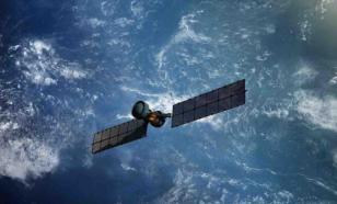 "Космический аппарат ""Космос-2542"" вблизи спутника KH-11 напугал США"