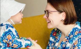 Татьяна Брухунова показала сына Вагана