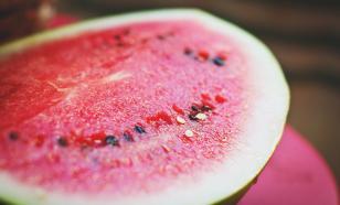 Употребление арбуза улучшает пищеварение