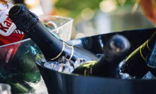 В минфине предложили поднять минимальную цену на шампанское