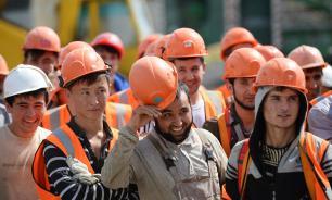 Более половины россиян против притока новых трудовых мигрантов