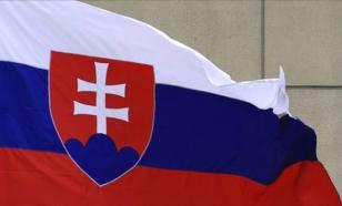 Трое российских дипломатов высланы из Словакии