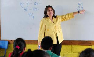 В Госдуме заявили, что провинциальные учителя получают менее 15 тысяч рублей