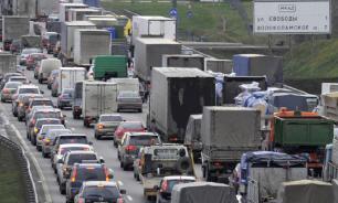 Проезд грузовиков по МКАД могут запретить с 2021 года