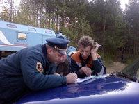 Трехлетняя девочка 27 часов блуждала в уральском лесу.