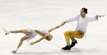 Российские фигуристы взяли золото и серебро Игр в парном катании