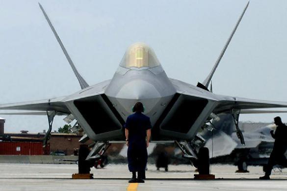 100 американских боевых самолётов стянет Пентагон к российской границе