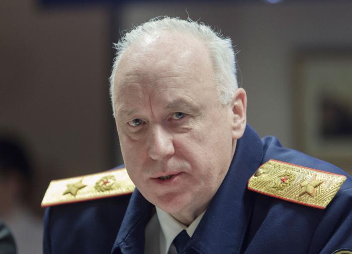 Бастрыкин взял под контроль дело о фотосессии несовершеннолетней из Красноярска