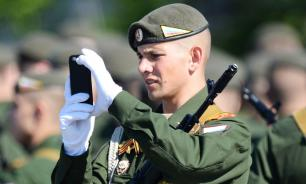 Российским военным запретят рассказывать о службе в интернете и СМИ