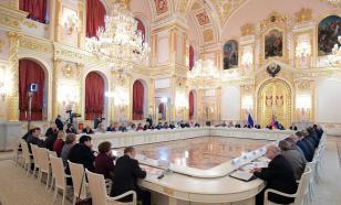 Путин: В делах об экстремизме надо избегать перегибов