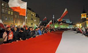 Варшава обостряет отношения с Брюсселем, выслуживаясь перед США