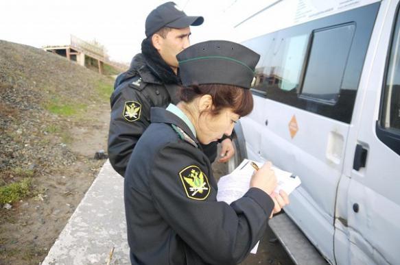 Приставы Краснодарского края арестовали забор