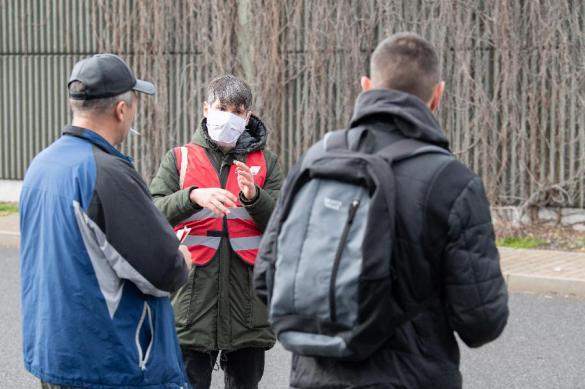 Почти 2000 белорусов заболели коронавирусом