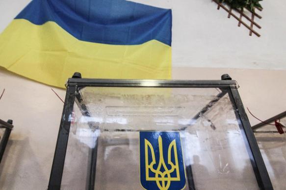 Партия Зеленского потеряла за месяц 6% поддержки