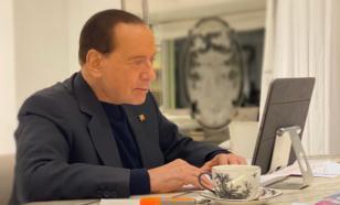 Путин поблагодарил Берлускони за вклад в развитие отношений России и Италии