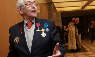 Президент России поздравил Василия Ливанова с 85-летием