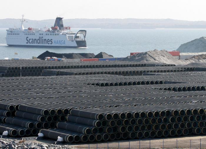 Американские политики угрожают санкциями немецкому порту