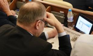 Закон о наказании чиновников за хамство: о чем не следует забывать?