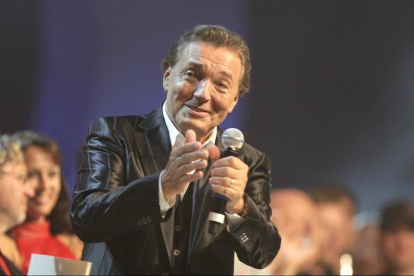 Умер известный чешский певец Карел Готт