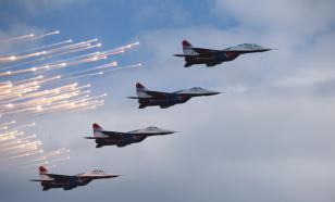 """Замкомандира """"Стрижей"""" рассказал о практической пользе эскадрильи"""