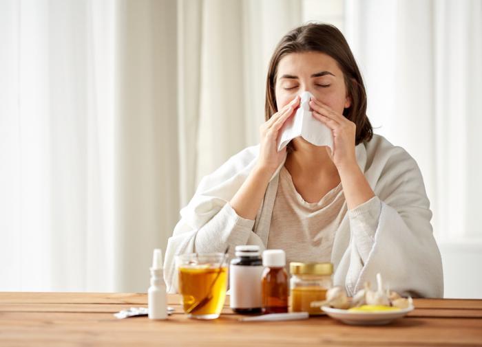 Врач рассказала о симптомах и профилактике осенних болезней
