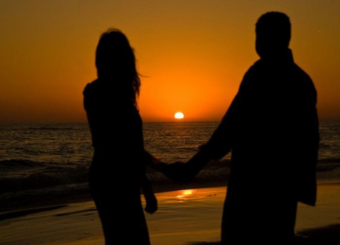Психолог объяснила, почему люди не ценят себя в отношениях