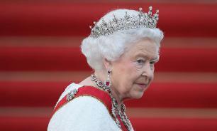 """Переговоры завершены: Елизавета II """"отпустила"""" Гарри и Меган"""