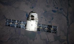Запуск корабля Cargo Dragon к МКС перенесли из-за сильного ветра