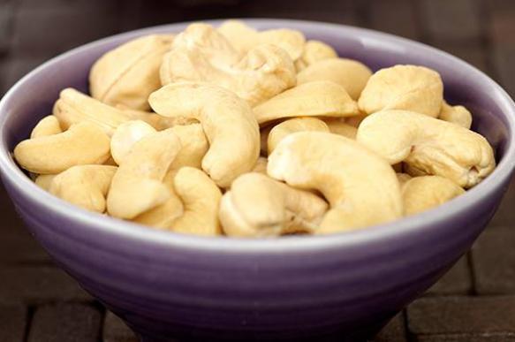Исследование: Сырые органические  орехи продлевают жизнь
