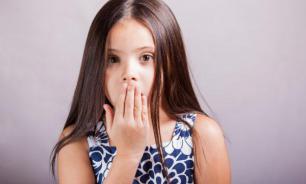 Почему у ребенка плохо пахнет изо рта