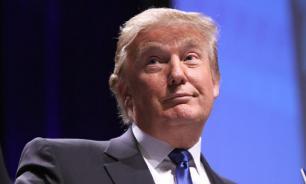 """Адвокат Трампа """"нашел много интересного в каком-то месте"""""""
