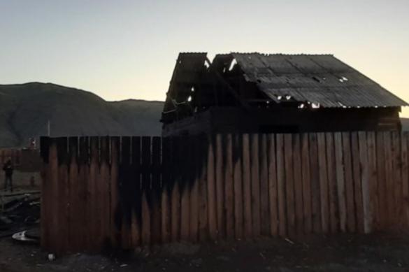 В сгоревшем доме в Туве найдены тела четверых человек