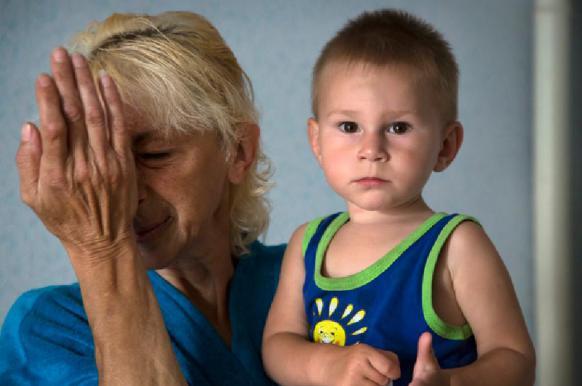 Для сирот и хулиганов в России создадут профессиональные семьи