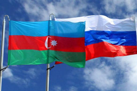 "Принцип Азербайджана: ""и Восток, и Запад"""
