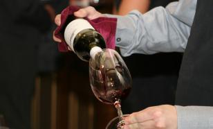 Антиоксидант, присутствующий в вине, может смягчить тяжесть COVID-19