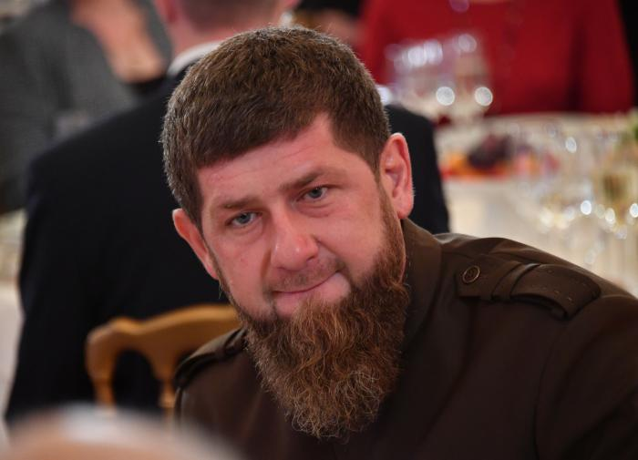 Нелюди: Кадыров осудил парней, помывших ботинки в храмовом источнике