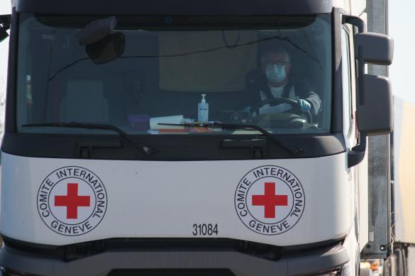 """""""Красный крест"""" отправил в Донбасс стройматериалы"""