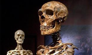 В древней могиле нашли странные останки