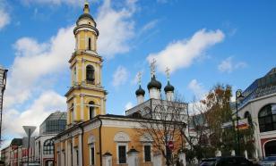 Храм в выставочном зале Третьяковки